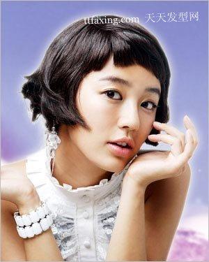 韩国发型惊人的女大十八变 2012长发流行发型 zaoxingkong.com