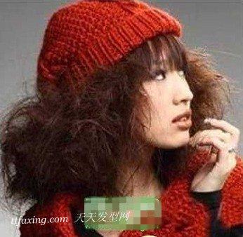 女生烟花烫发型,甜美又时尚 zaoxingkong.com