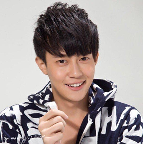 最炫酷的男生定位烫发型推荐 zaoxingkong.com