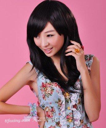 简约时髦的小清新女生斜刘海发型 zaoxingkong.com