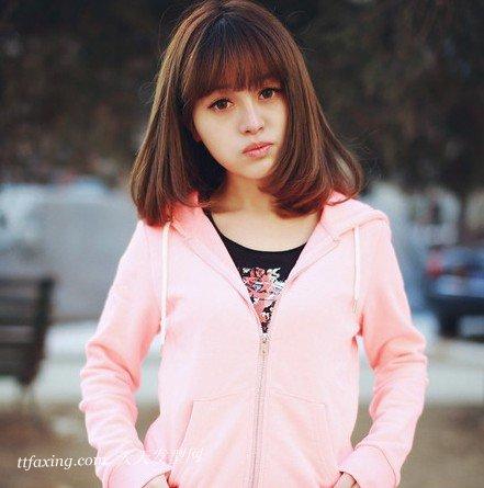 瘦脸又减龄—六种风格齐刘海瘦脸发型 zaoxingkong.com