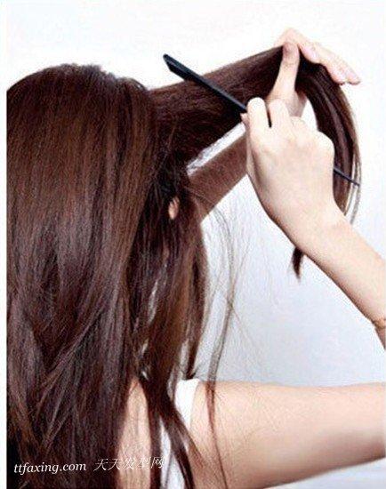 简约的直发发型扎法步骤 zaoxingkong.com